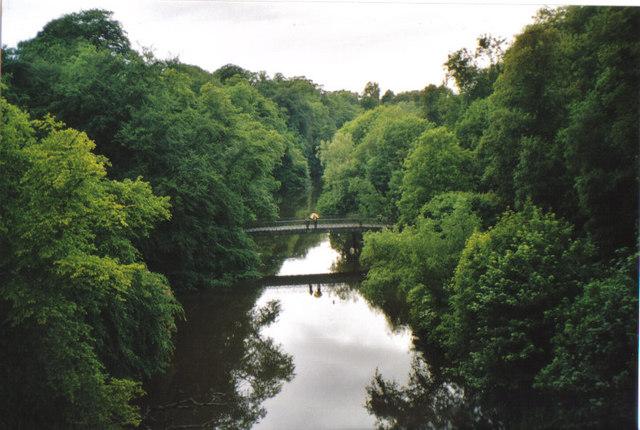 Bridge over the River Kelvin - geograph.org.uk - 517963
