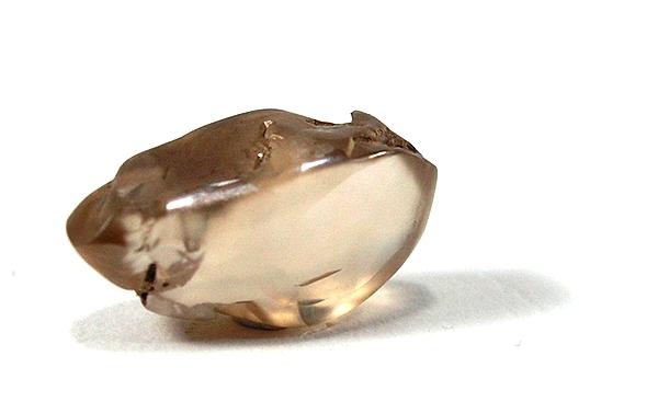 Nebrúsený diamant