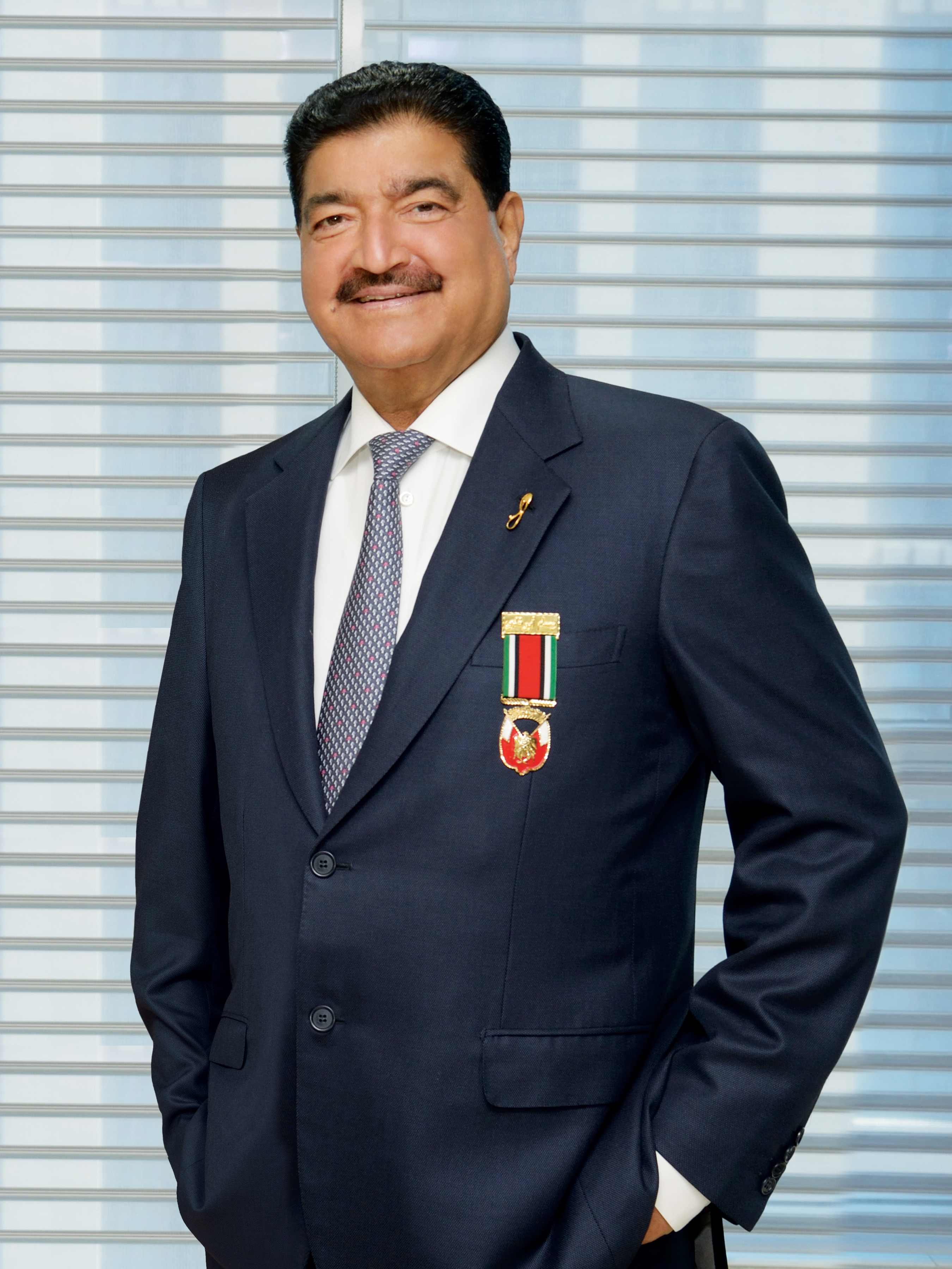 B  R  Shetty - Wikipedia
