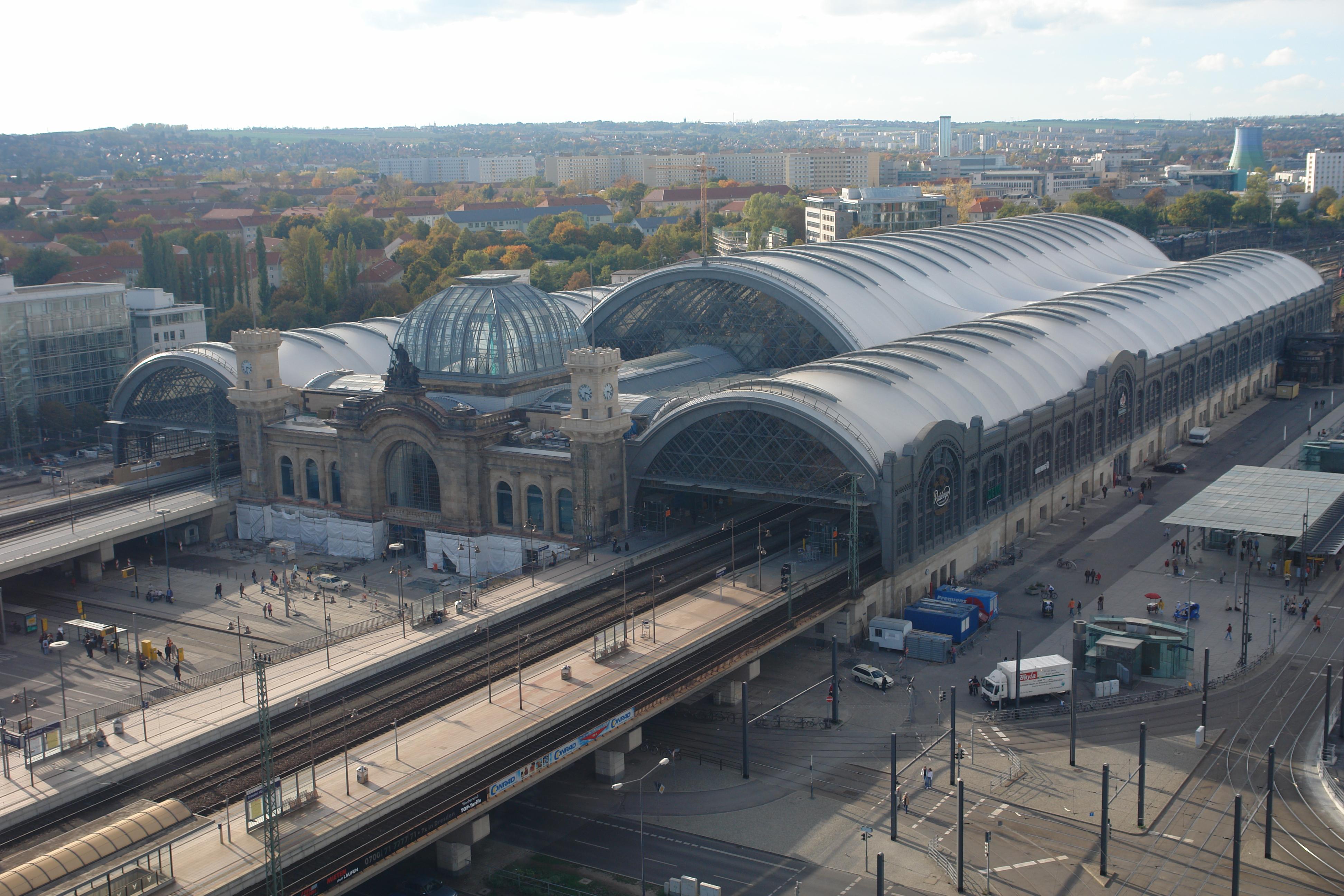 Image gallery hauptbahnhof station for Berlin to dresden train