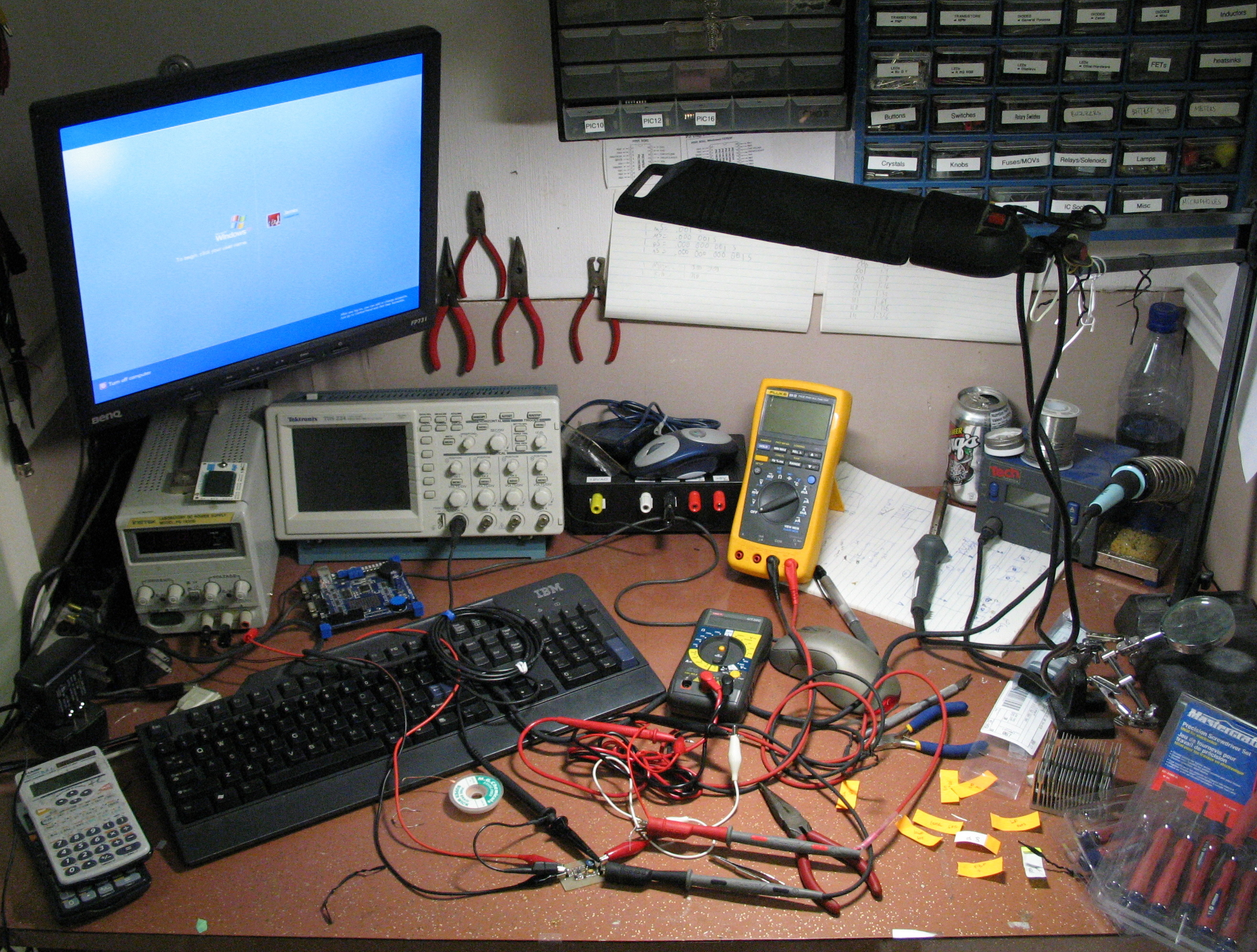 Diy Electronics Repair Workbench : File electronics workbench g wikimedia commons