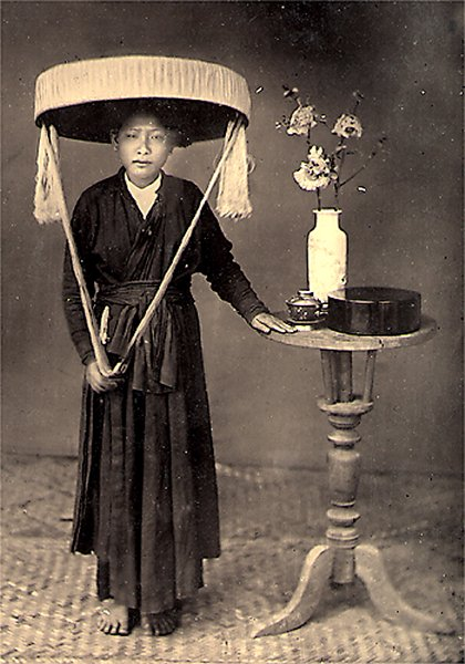 upload.wikimedia.org/wikipedia/commons/7/7a/Fem...