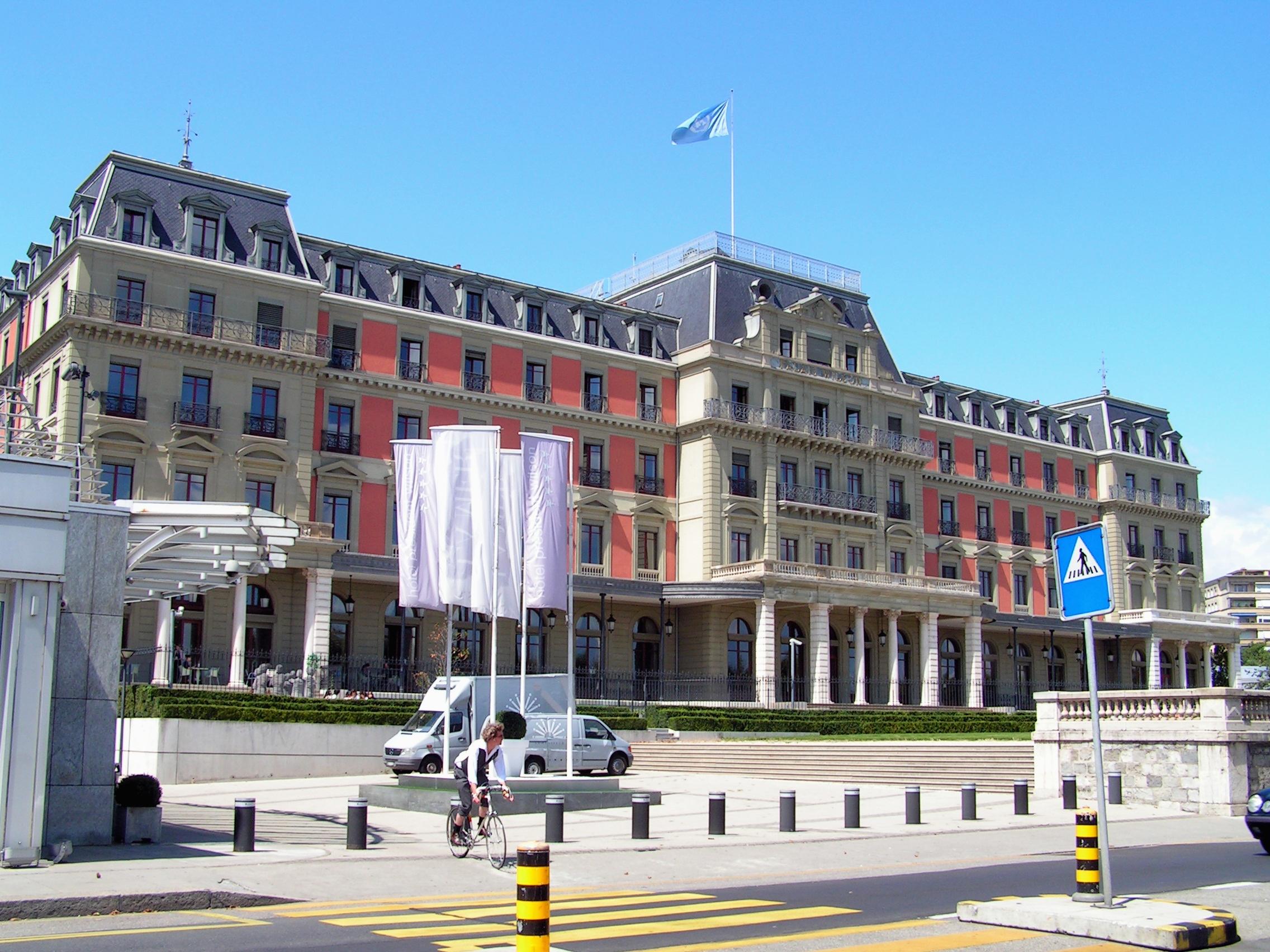 Hotel Les Charmilles Bebe Et St Anastaise