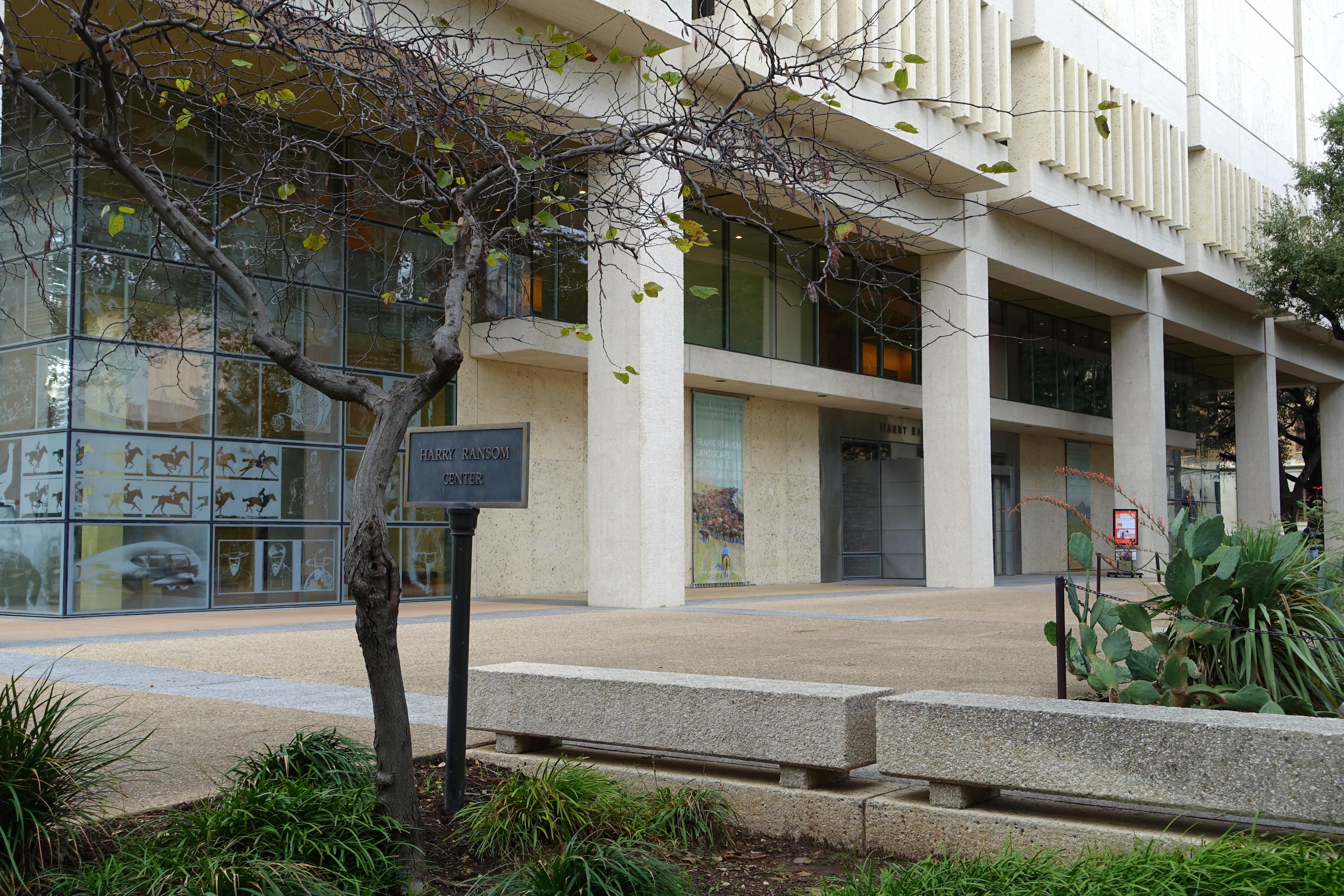 Harry Ransom Center - University of Texas at Austin - DSC08415.jpg