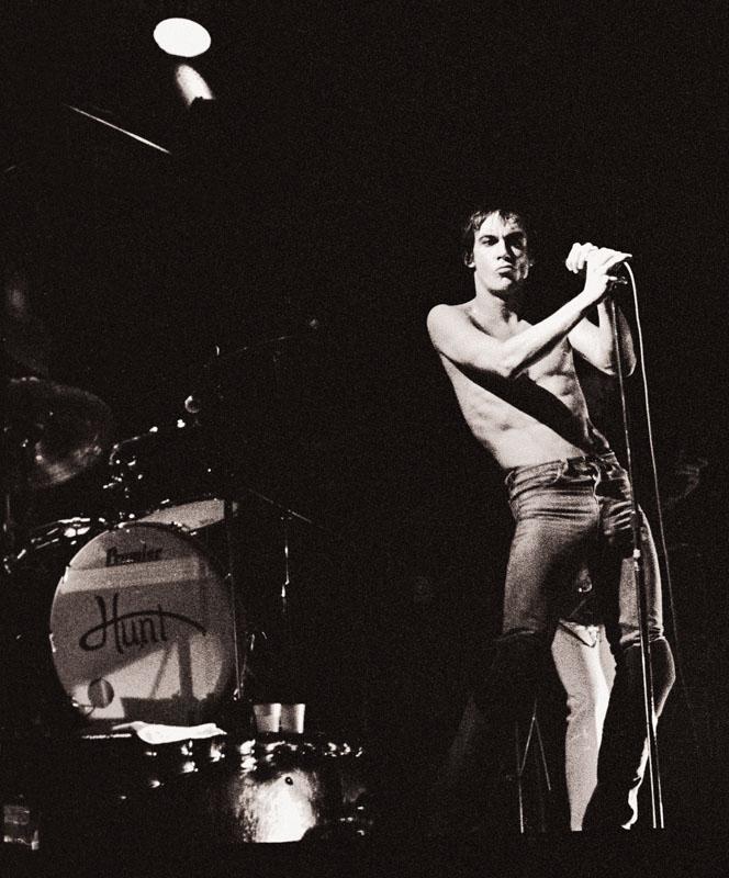 Iggy-Pop 1977.jpg