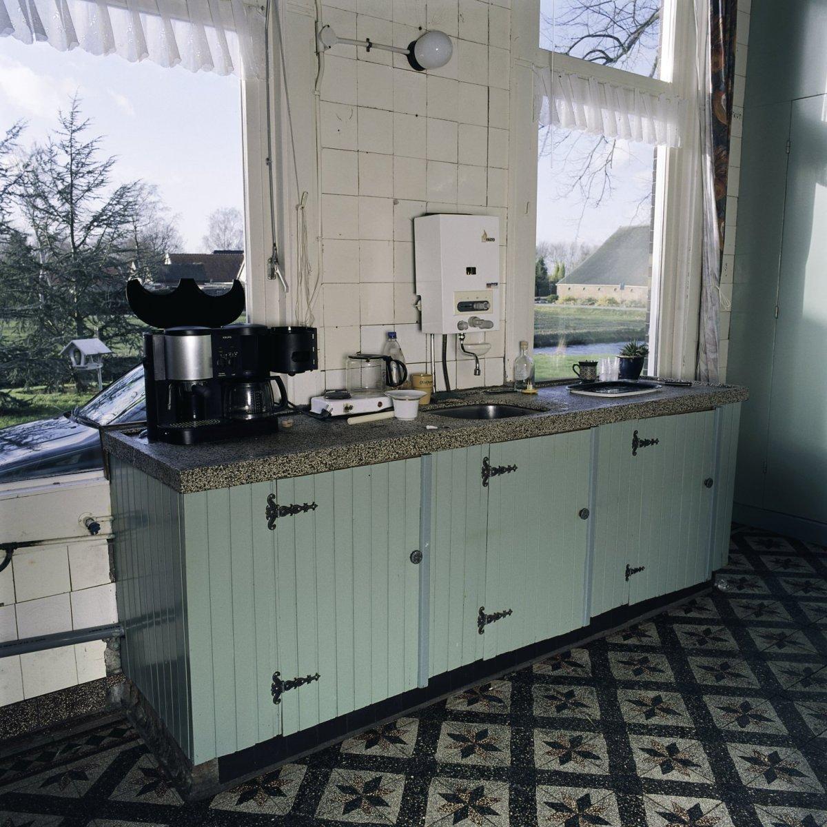File:Interieur, overzicht van het aanrechtblok in de keuken met ...