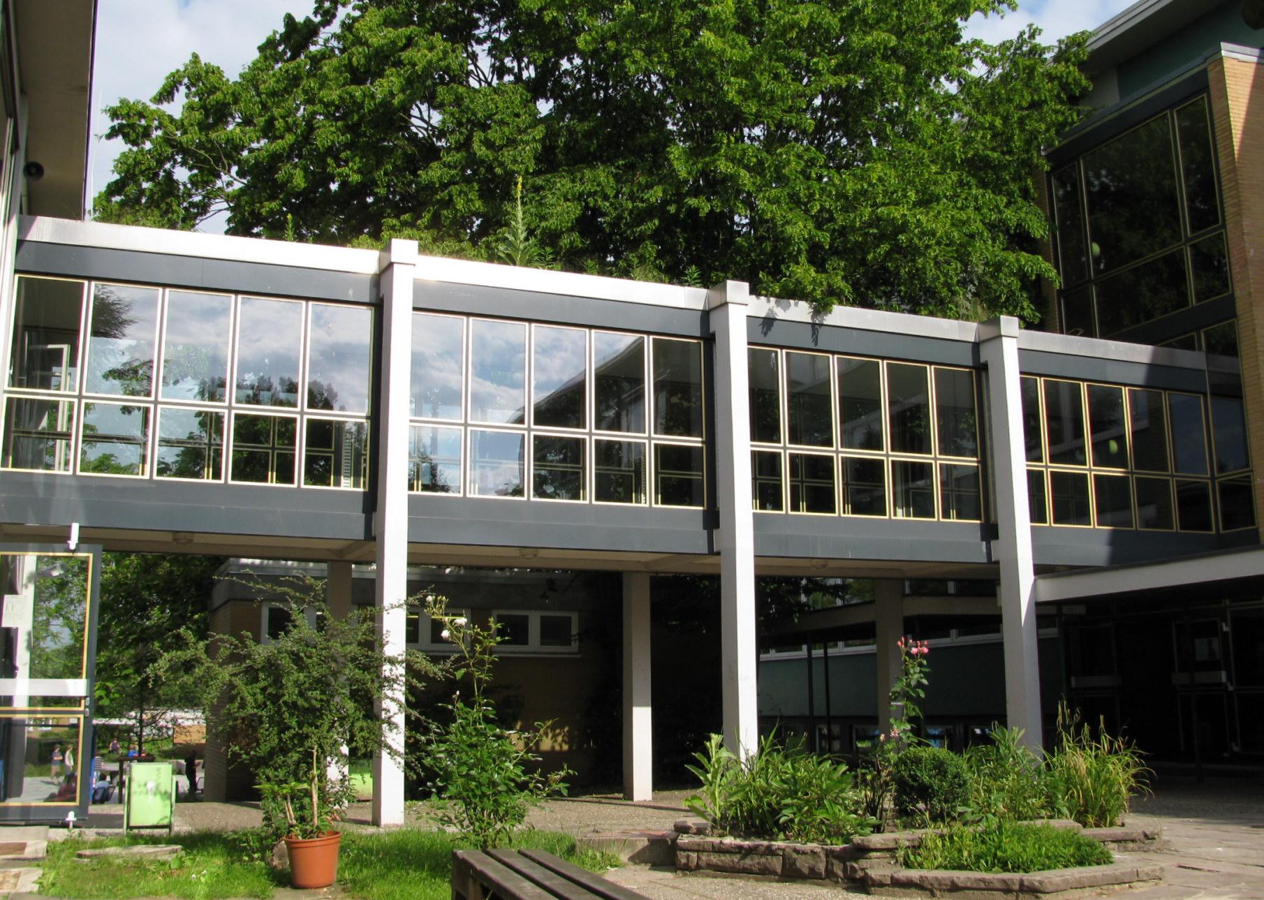 File Llg Giessen Passage Zwischen Haus A Und B Giessen Mitte 2009 2