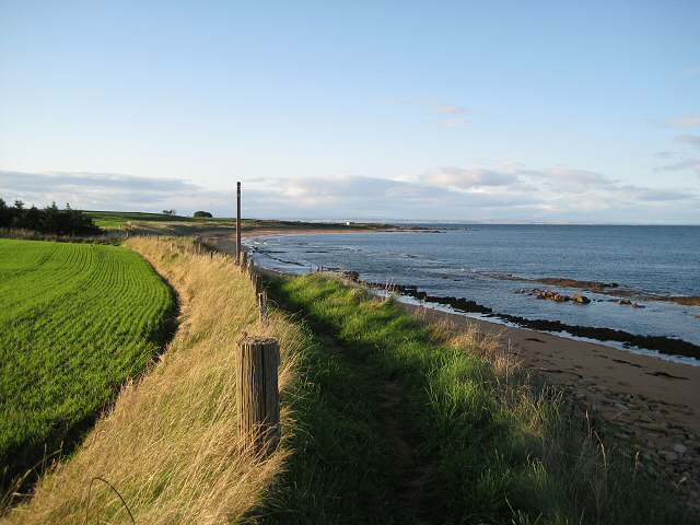 Late afternoon on the Fife coast - geograph.org.uk - 988957