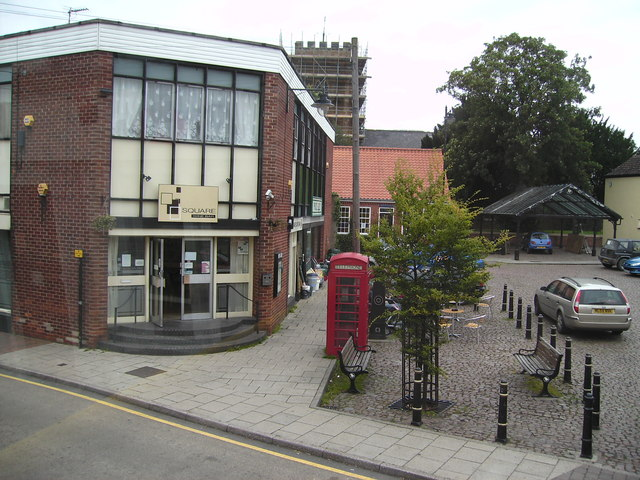 Old and New, Market Rasen - geograph.org.uk - 542629