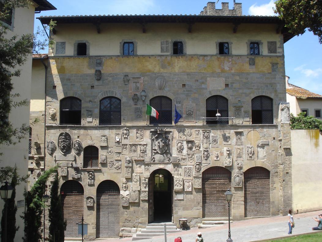 Palazzo Pretorio (Arezzo) - Wikipedia