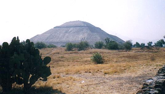 Fichier:Pirámide del Sol - Teotihuacán.jpg
