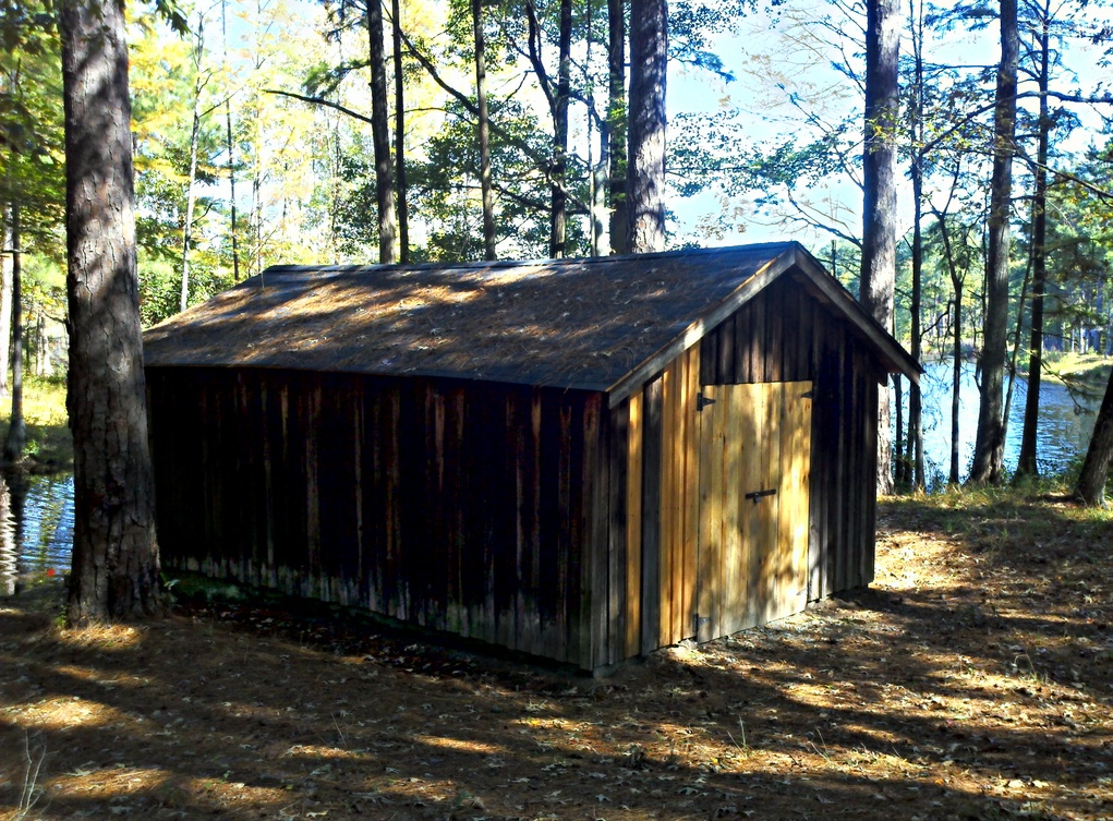 Renovated Boat House Carvers Creek SP NC 011 (8146616312).jpg Renovated Boat House Carvers Creek SP NC 011 Date 16 October 2012, 11:56 Source