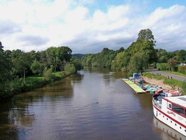 River Severn seen from Stourport Bridge, Stourport-on-Severn - geograph.org.uk - 1479014