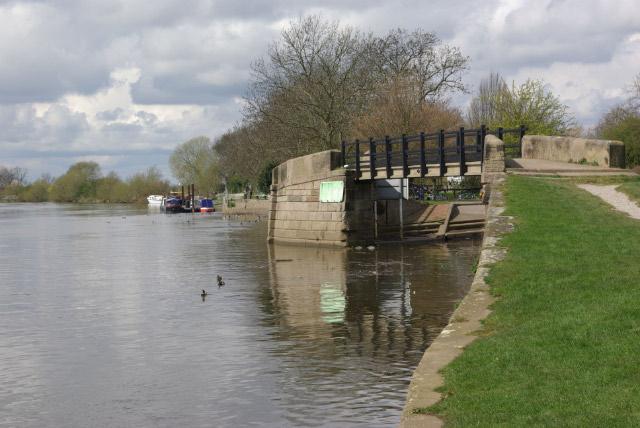 River Trent, Trent Lock - geograph.org.uk - 762297