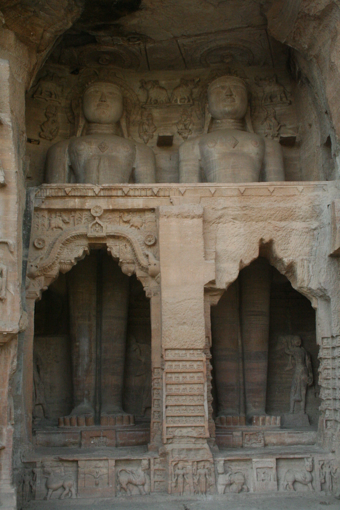 Jain statues carved out of rock in the Gwalior Fort