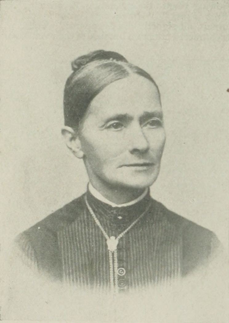 SARAH GRAHAM YOUNG A woman of the century (page 820 crop).jpg