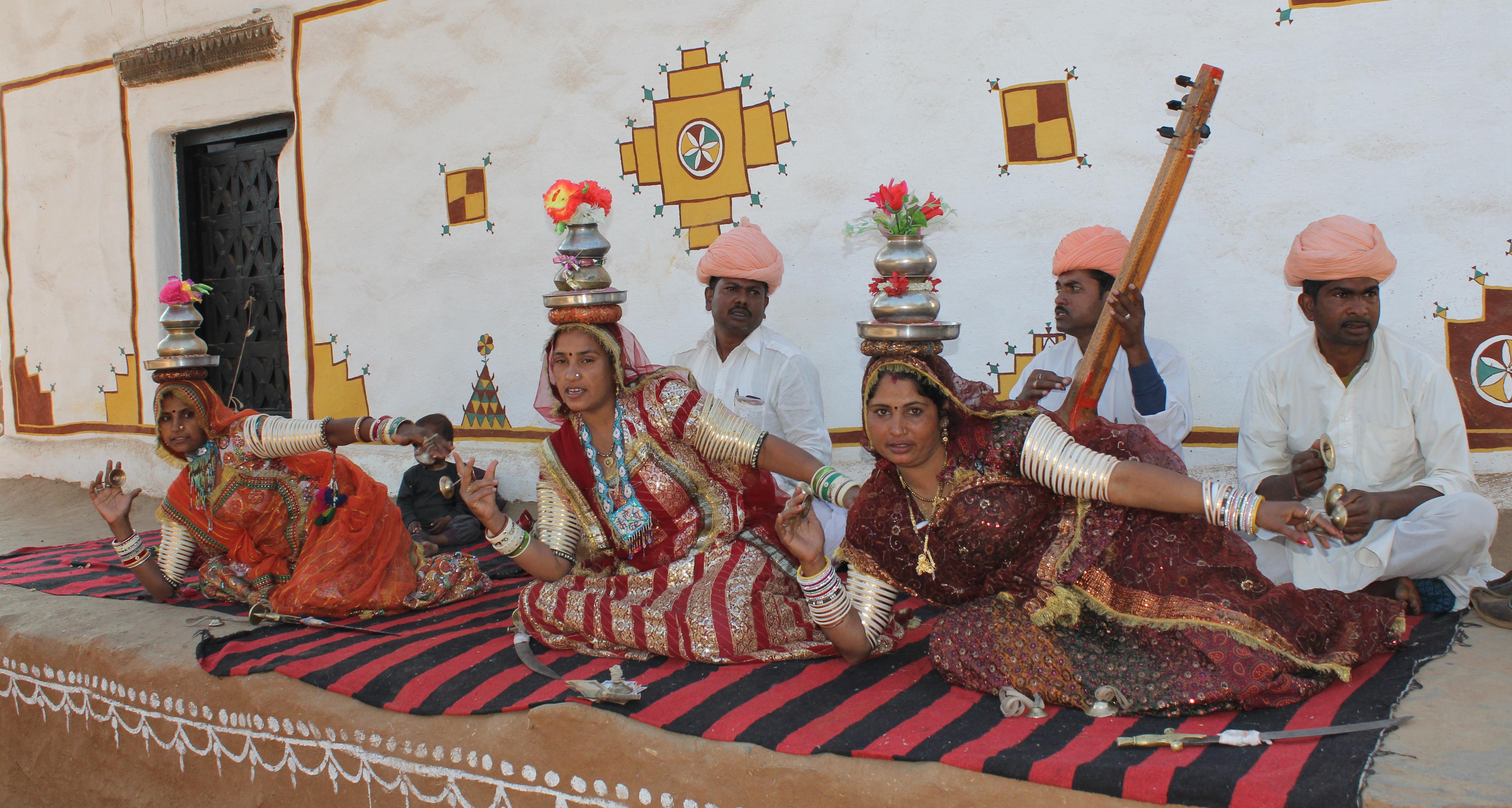 File:Thera tali at shilpgram.JPG - Wikimedia Commons