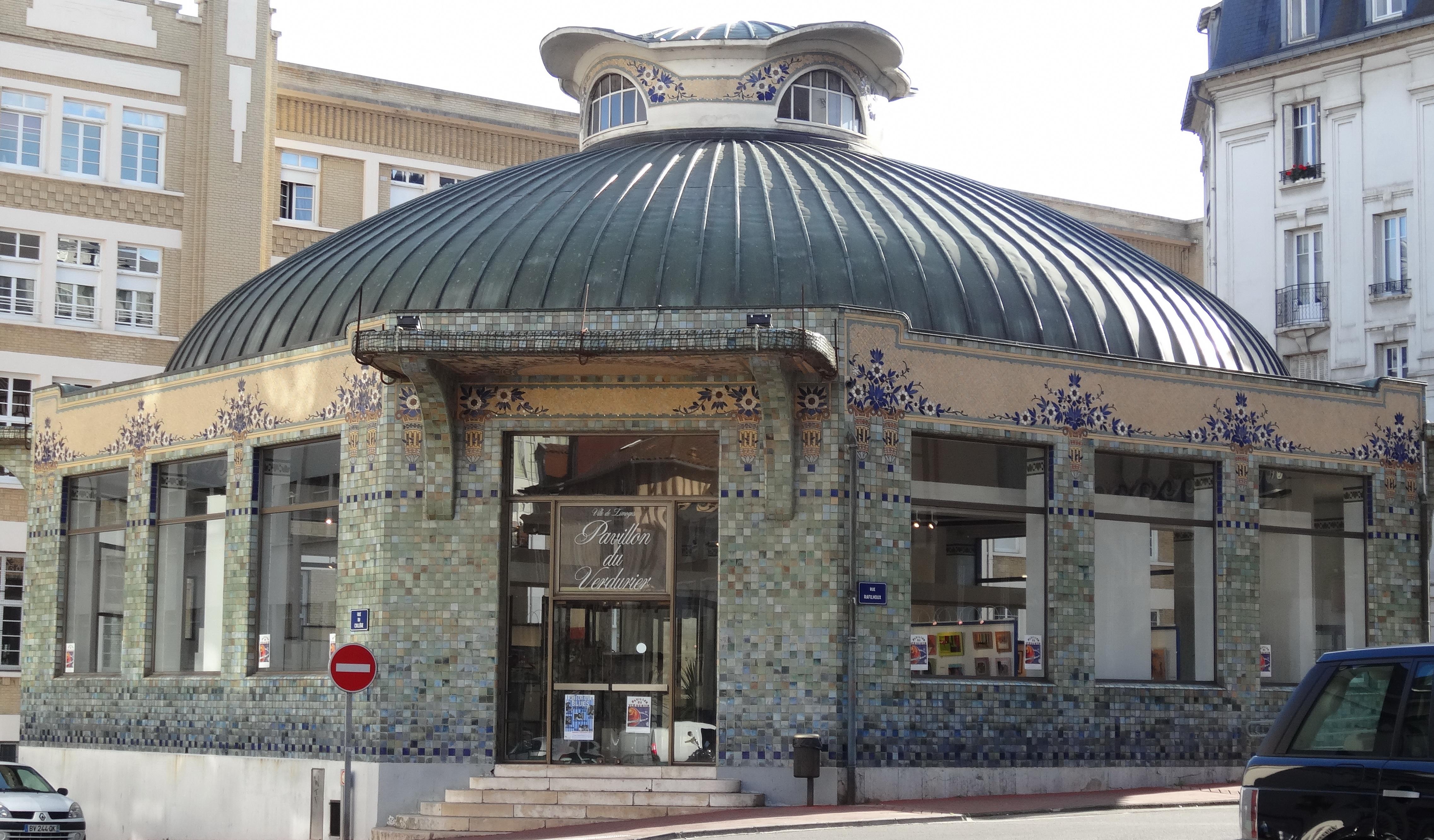 Pavillon du Verdurier — Wikipédia