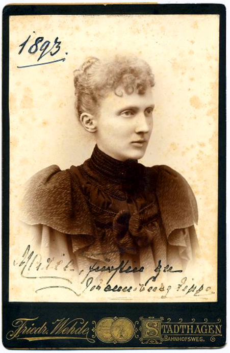 1893 Friedrich Wehrde KAB Marie Anna Fürstin zu Schaumburg-Lippe.jpg