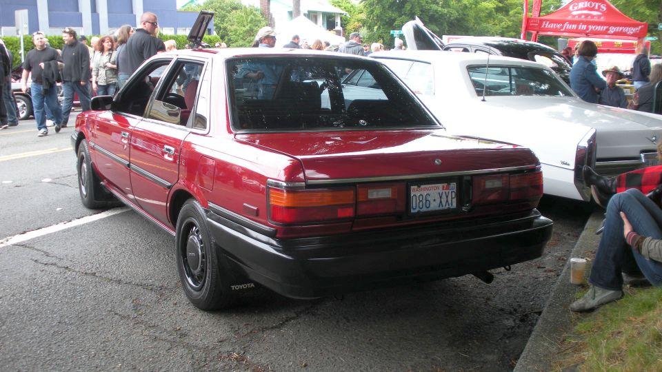 File 1988 Toyota Camry Rear Jpg Wikimedia Commons