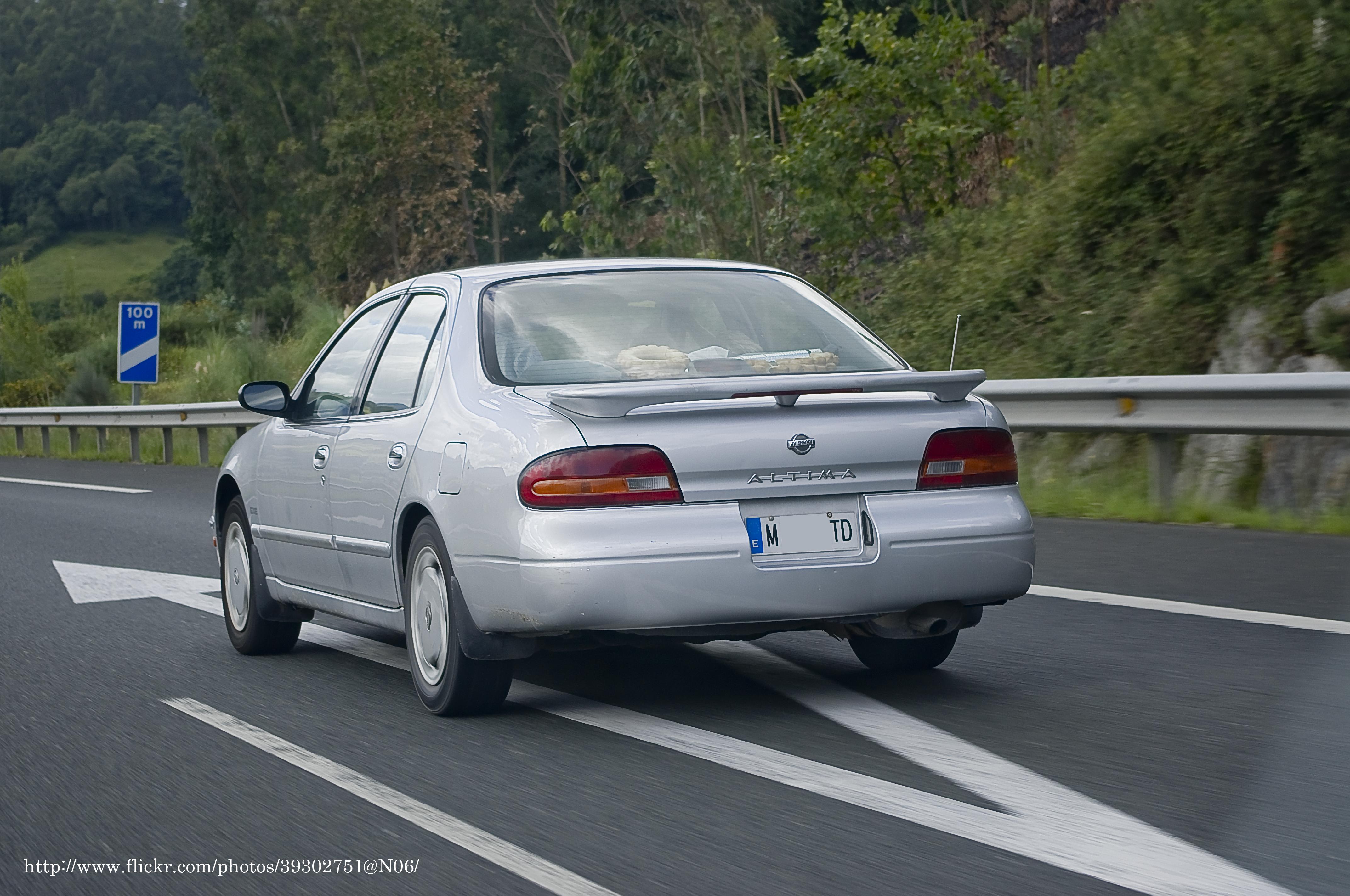 File 1993 1994 Nissan Altima Gxe 6391401335 Jpg