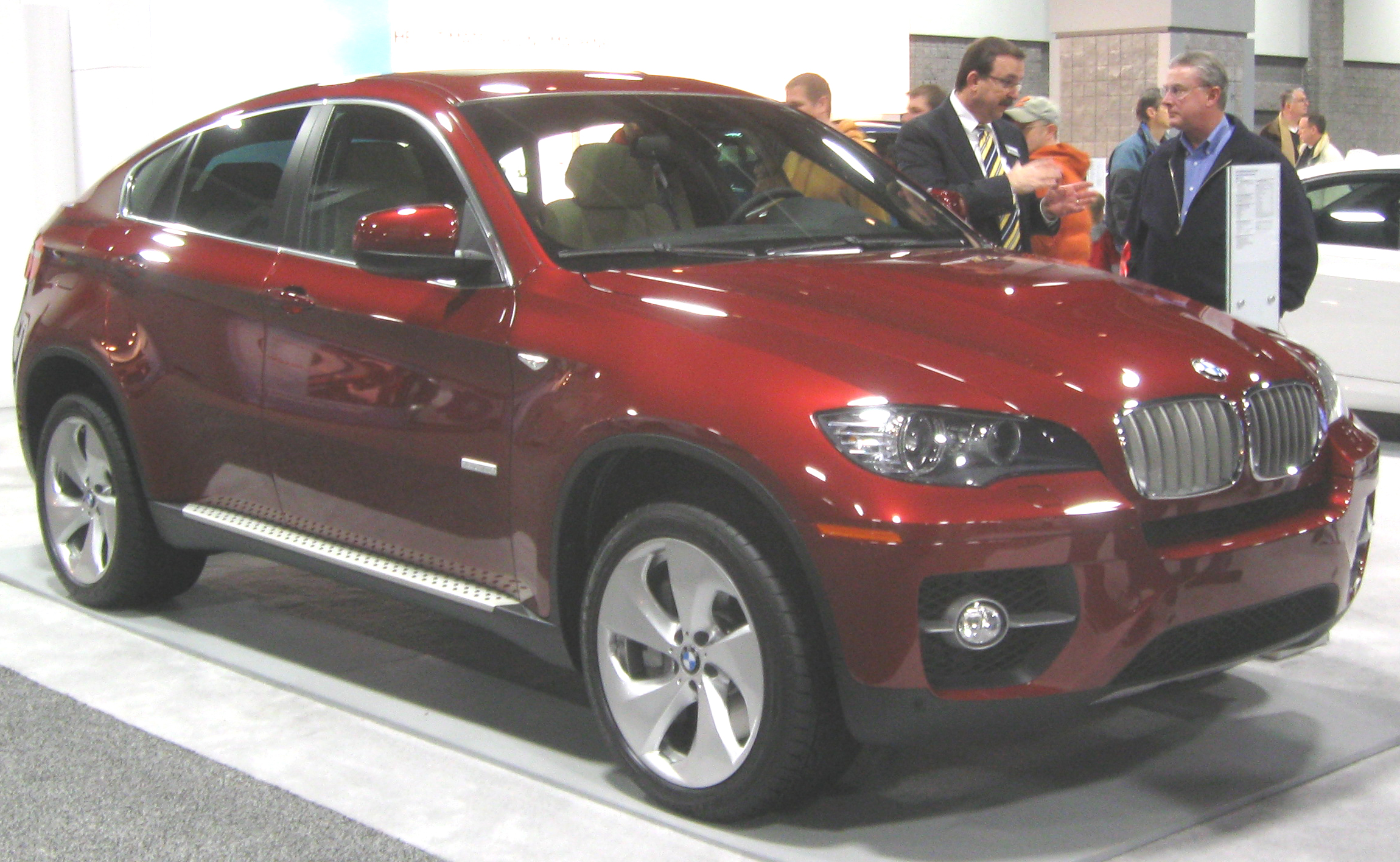 File:2010 BMW ActiveHybrid X6 -- 2010 DC.jpg - Wikimedia Commons