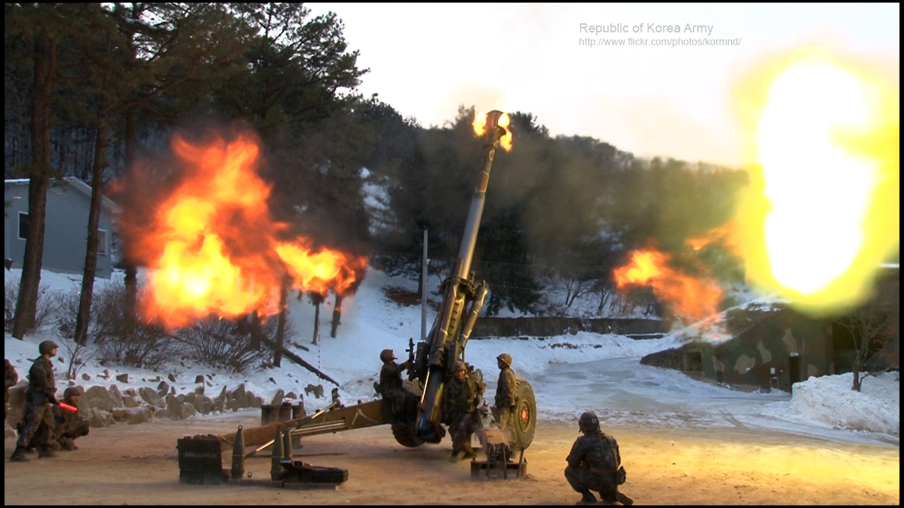 2013.2.13 육군 25사단 포병연대 주둔지 포탄사격 The Fire Drill of Artillery Regiment in ROK Army 25th Div (8486597609).jpg