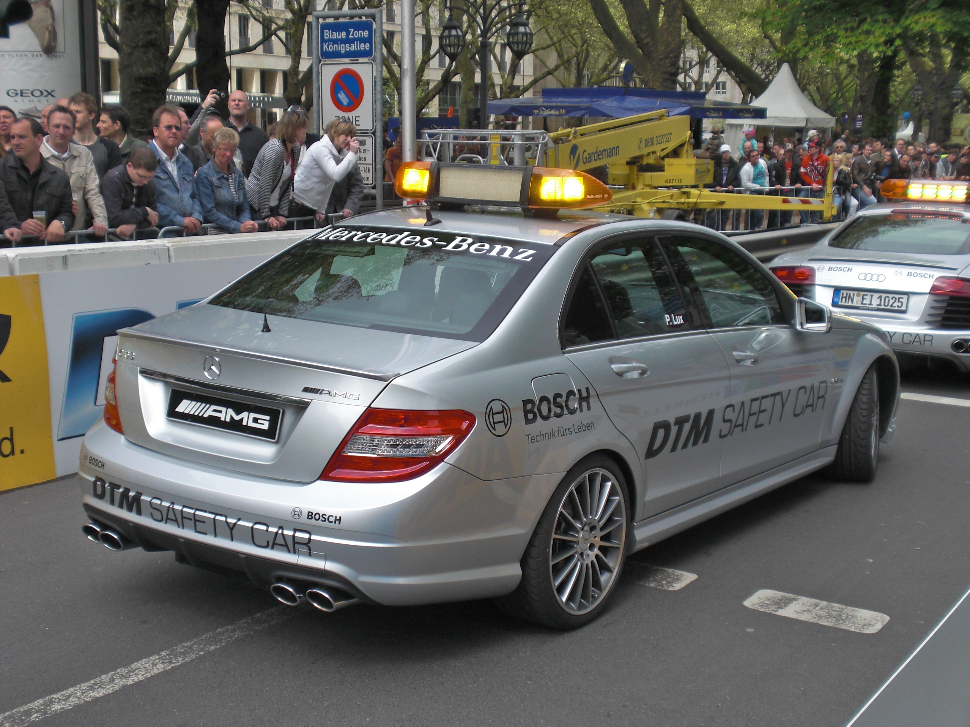 File Amg C63 W204 From 2007 Dtm Safety Car Backright 2009 04 19 A Jpg Wikimedia Commons