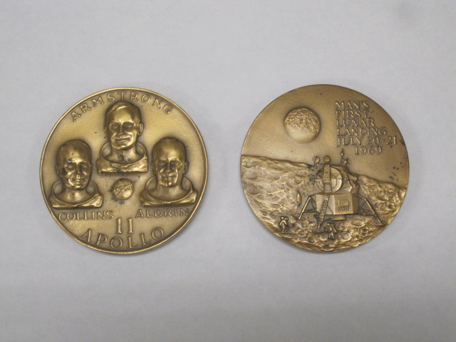 Apollo 11 Coin 1969 Worth - Pics about space