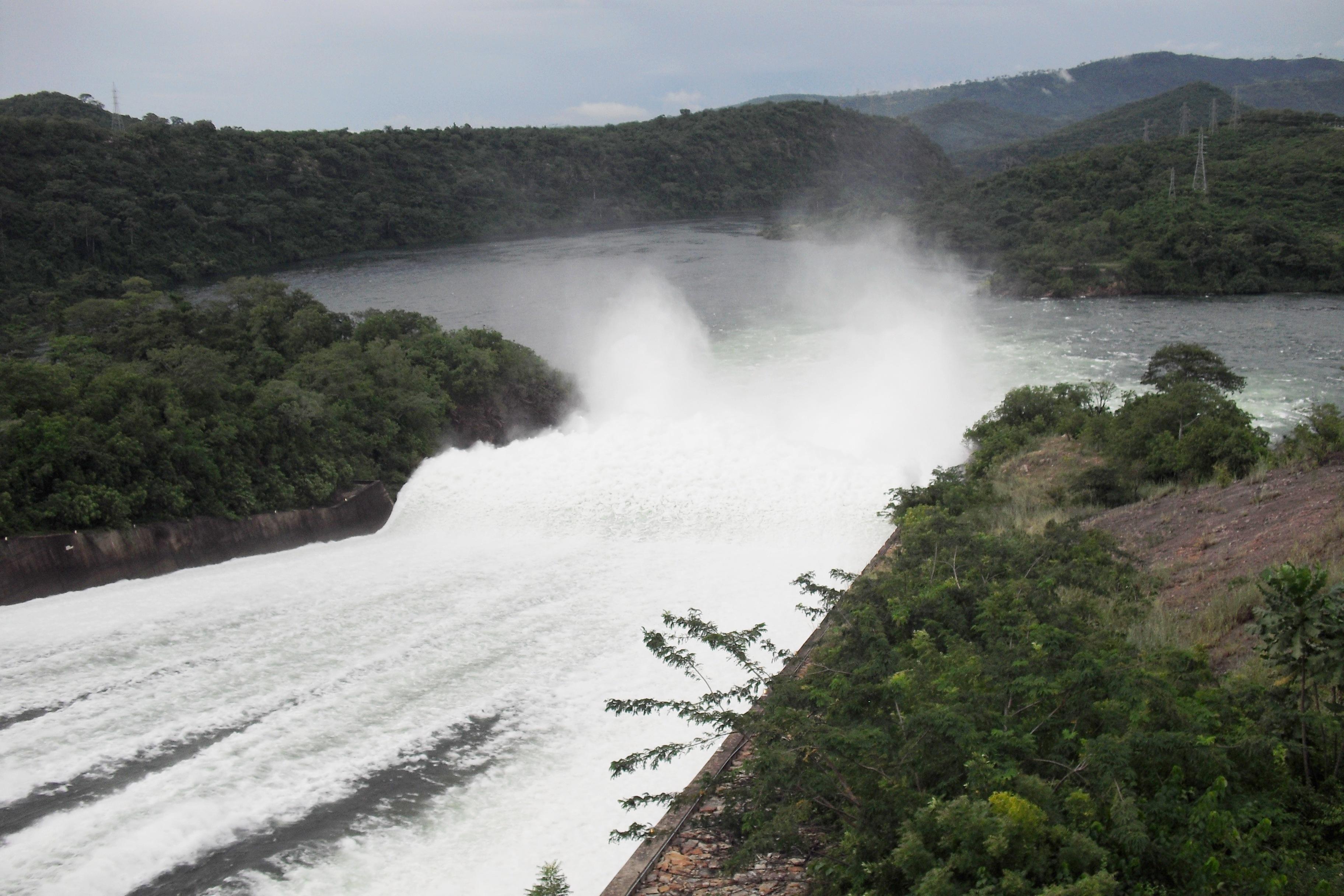 Akosombo Ghana  city photos gallery : Description Akosombo Dam spilling water, Akosombo, Ghana 20101106 ...
