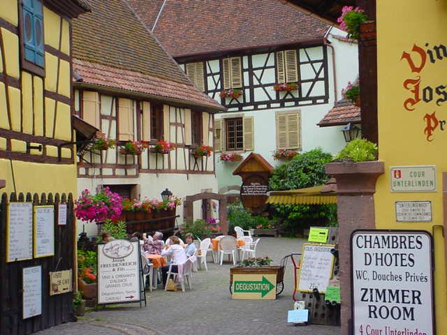 Alsacien culture traditions alsaciennes wikiversit - Chambre d hote eguisheim alsace ...