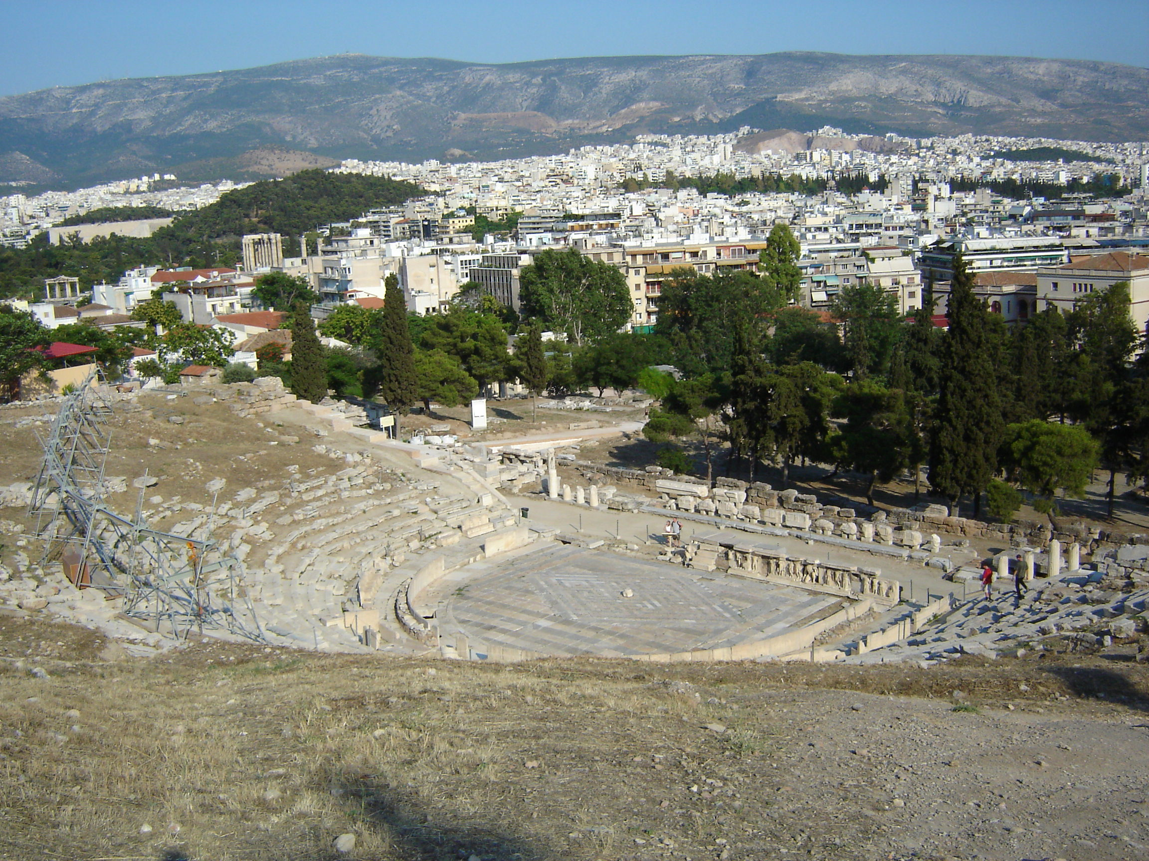 artful first theater production performed in athens in 550 bc Start studying origins and ancient greek theatre learn performed 2500-550 bce with founded the 1st public library of athens first written versions.