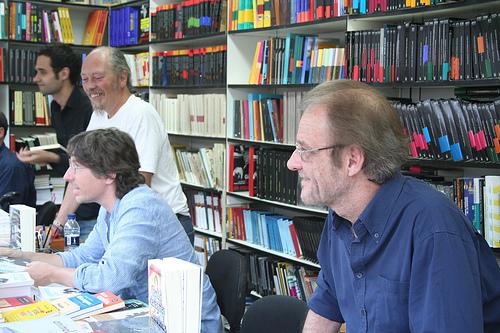 Aute en la Feria del Libro de Madrid junto a David Trueba.