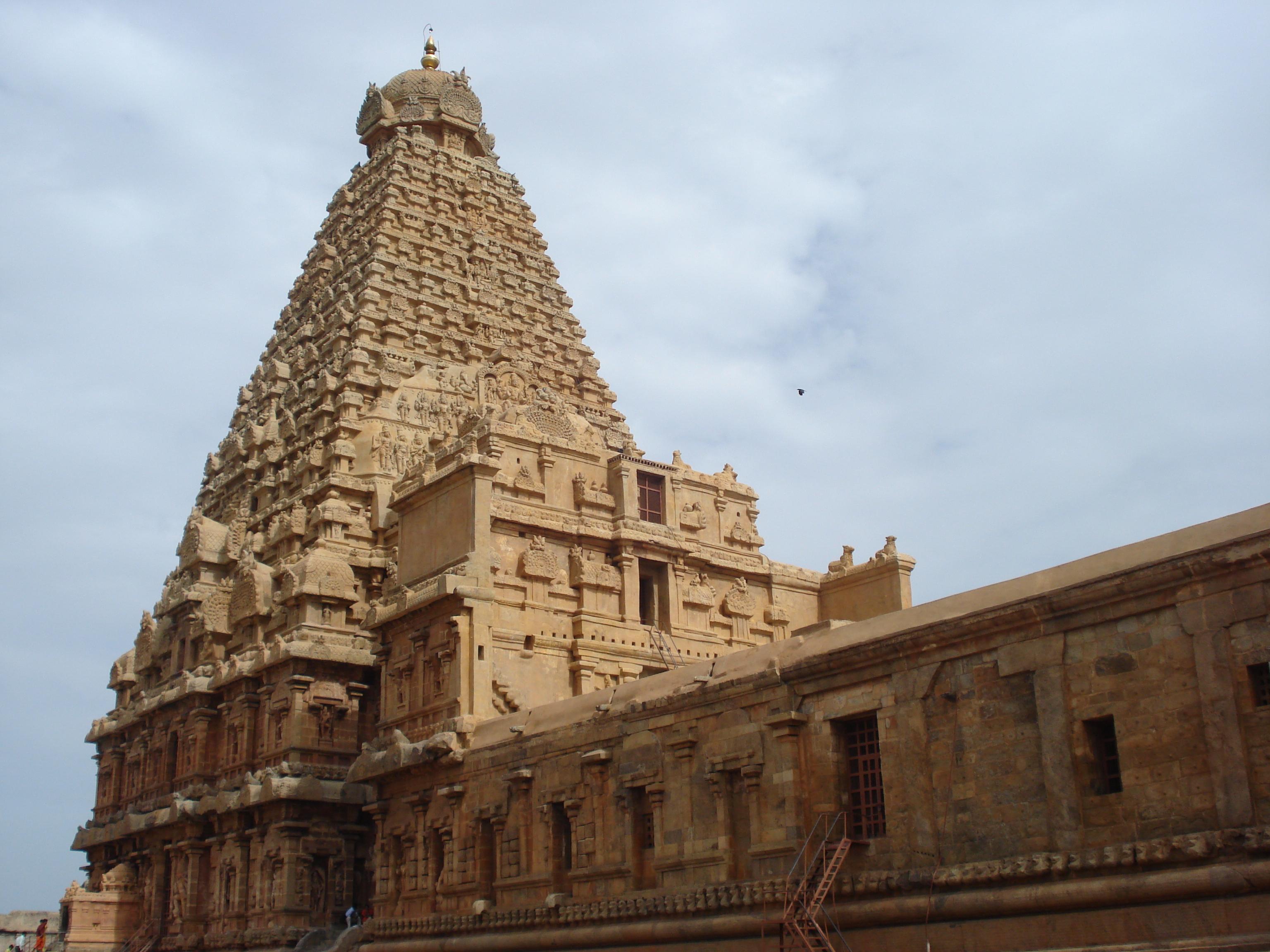 File Brahadeeswara Temple Thanjavur JPG Wikipedia