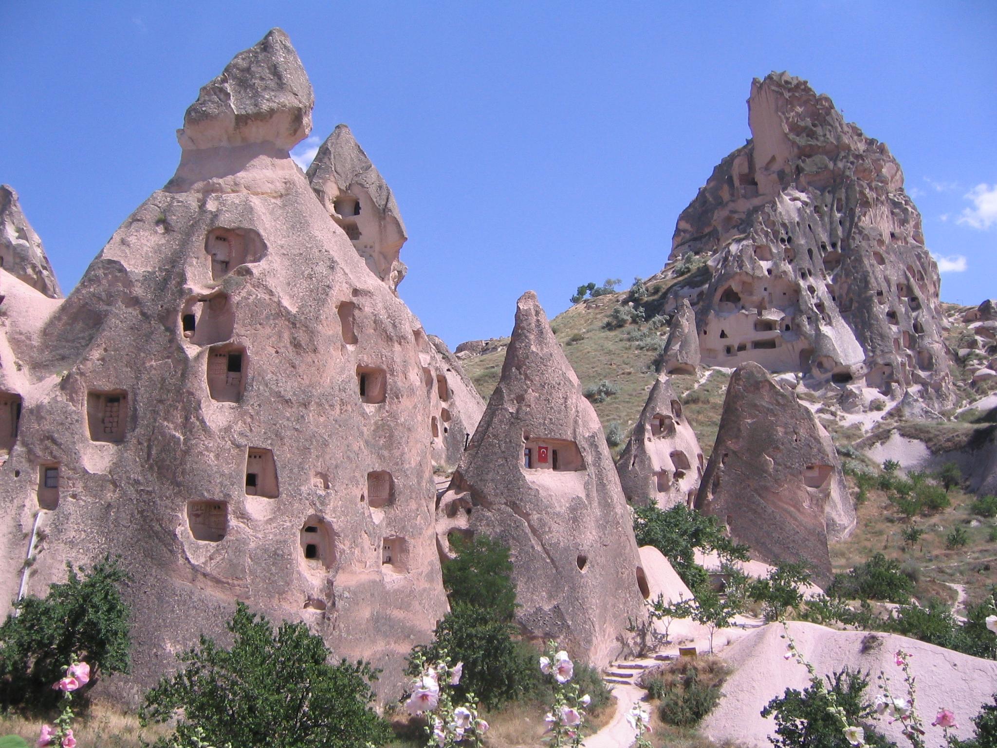 File:Cappadocia. Museo al Aire Libre de Göreme 3.JPG - Wikimedia Commons