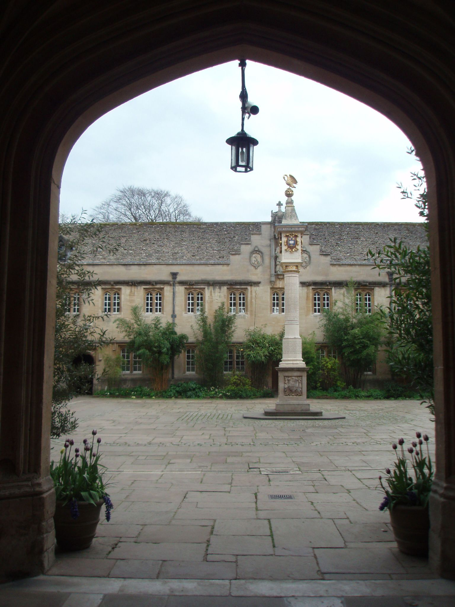 oxford university essay prizes The marc sanders prize in philosophy of mind is an annual essay competition open to  she holds a dphil from oxford university  sanders prizes philosophy of.