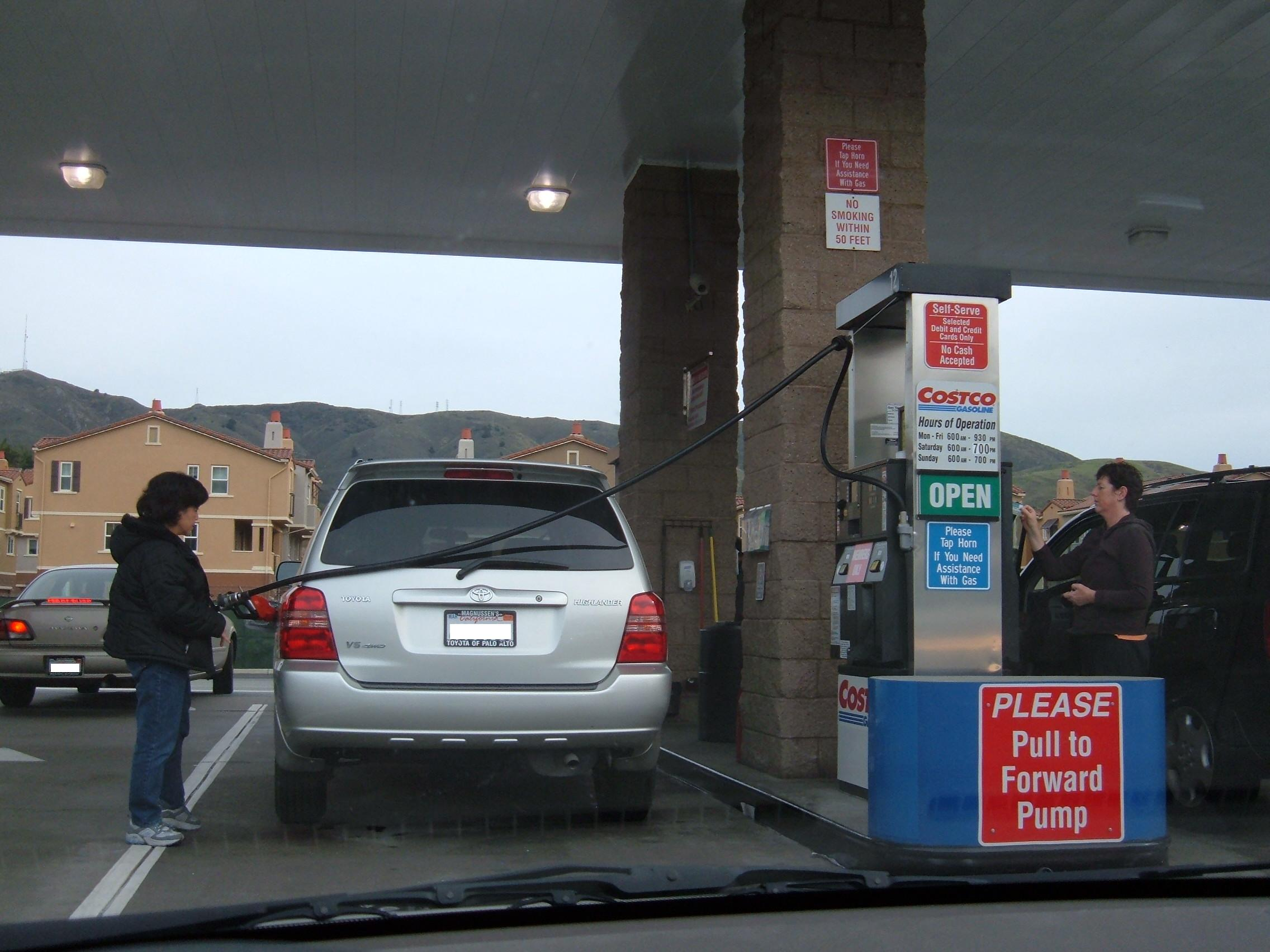Oregon Looking To Replace Gas Tax With A Pay Per Mile Program Dmv Com