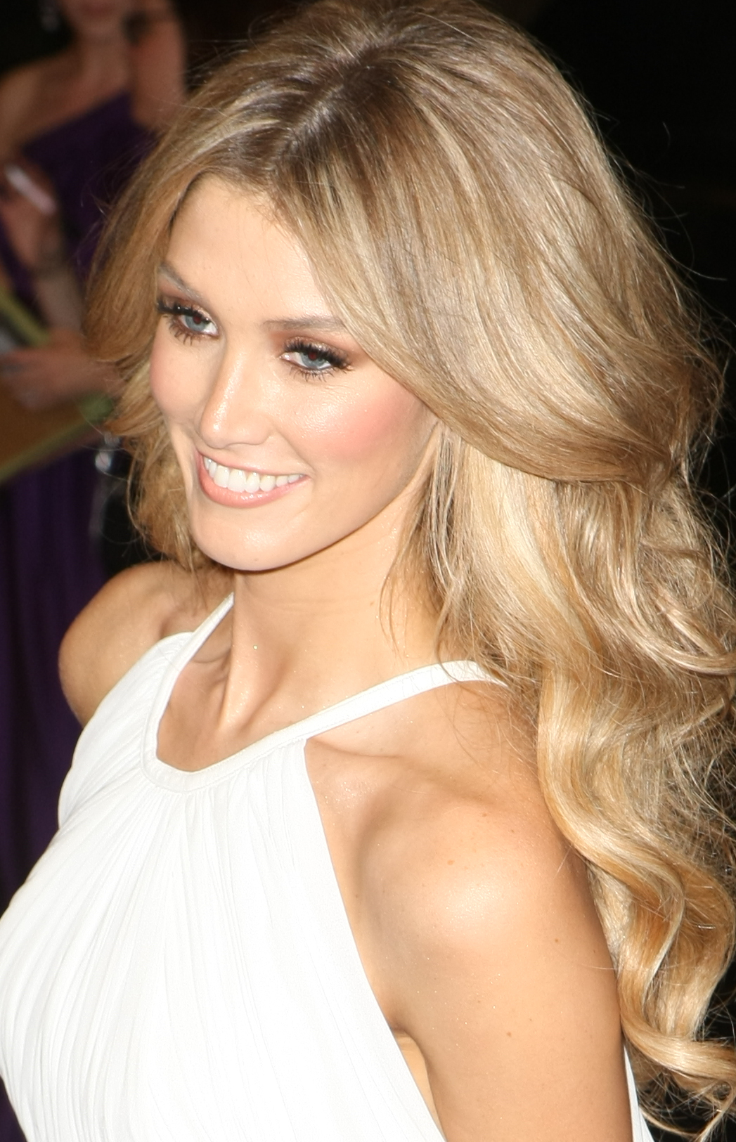 delta goodrem enough скачать