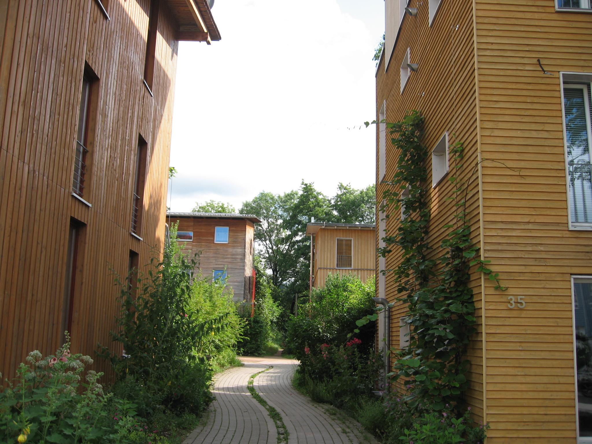 http://en.wikipedia.org/wiki/File:Ecoquartier_Vauban_Freibourg3.JPG