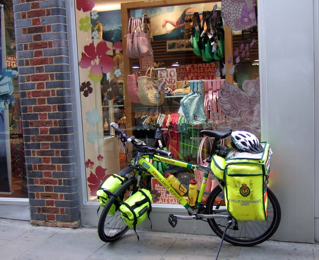 Emergency_response_bicycle_-_geograph.org.uk_-_522798.jpg