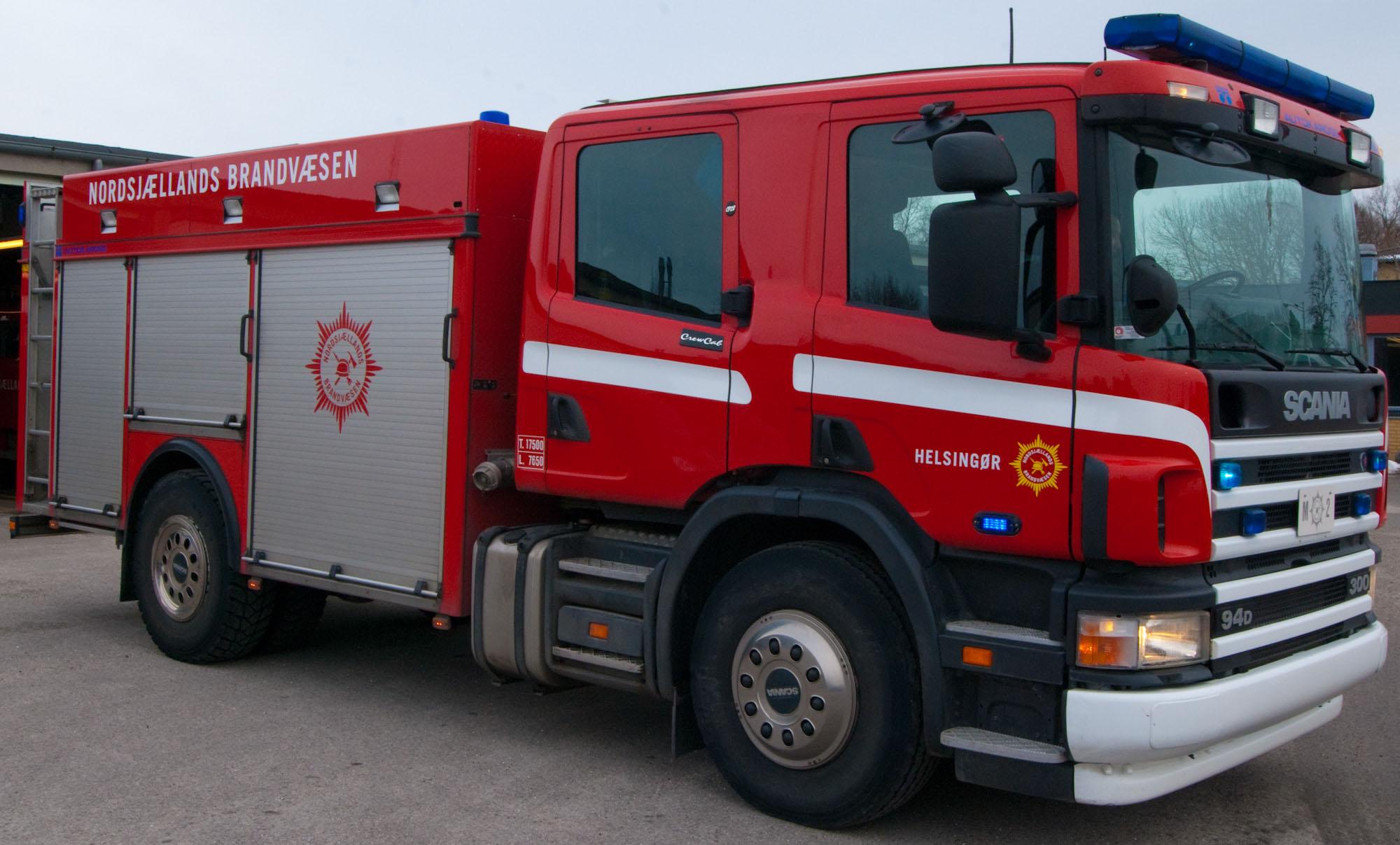 Firetruck_Helsing%C3%B8r_-_front_right.j