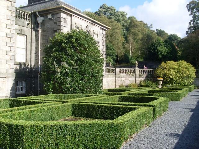 Gardens of Pollok House - geograph.org.uk - 1525176