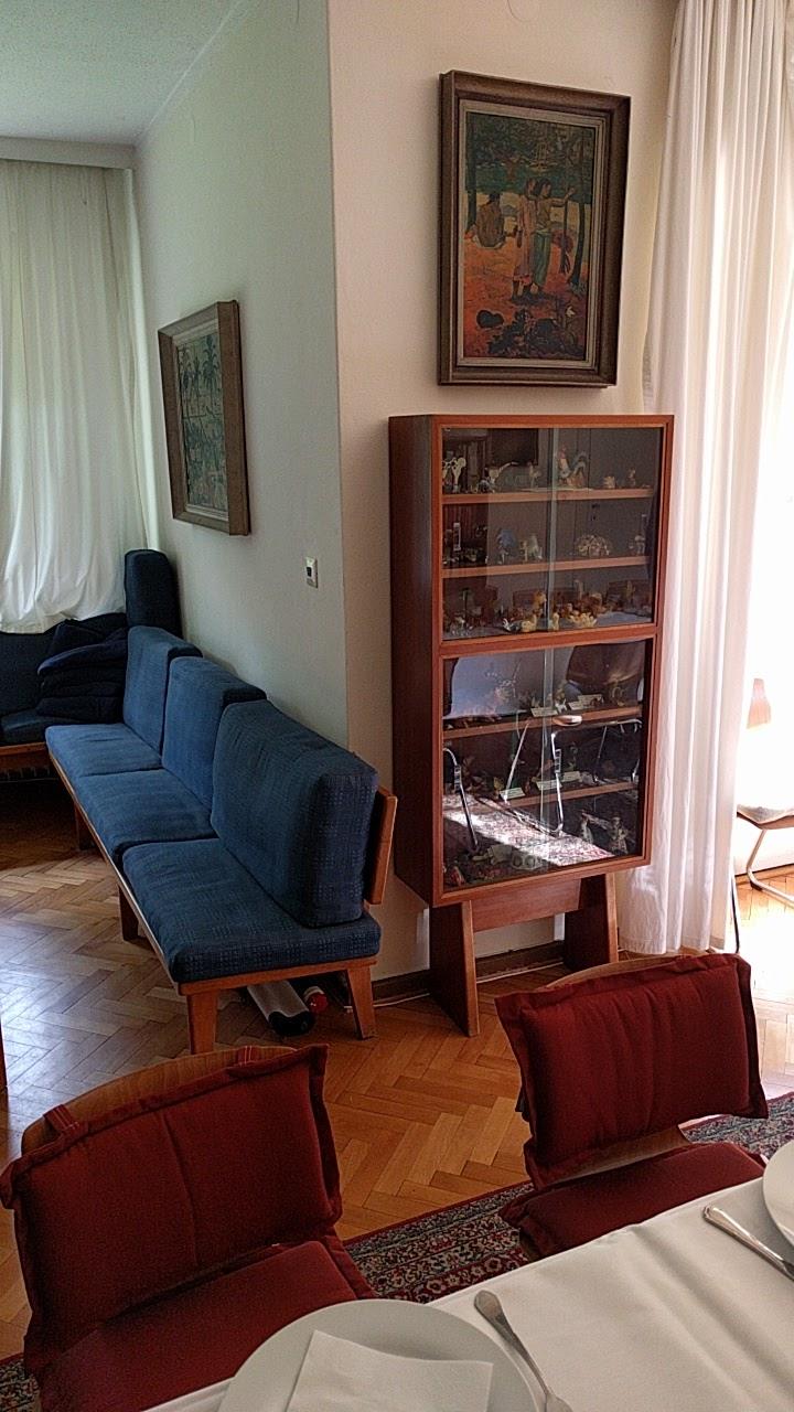 Wolf Haus file glasschrank friedrich wolf haus jpg wikimedia commons