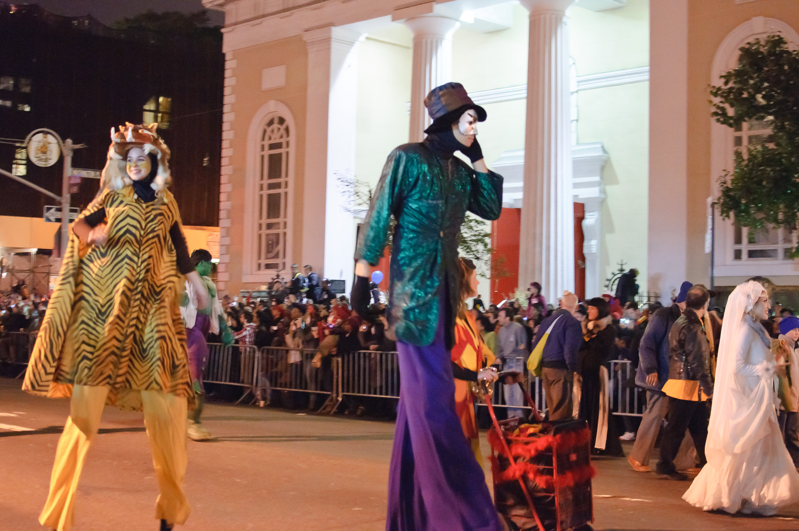Things To Do For Halloween In Nyc | 9 Things To Do On Halloween In New York City