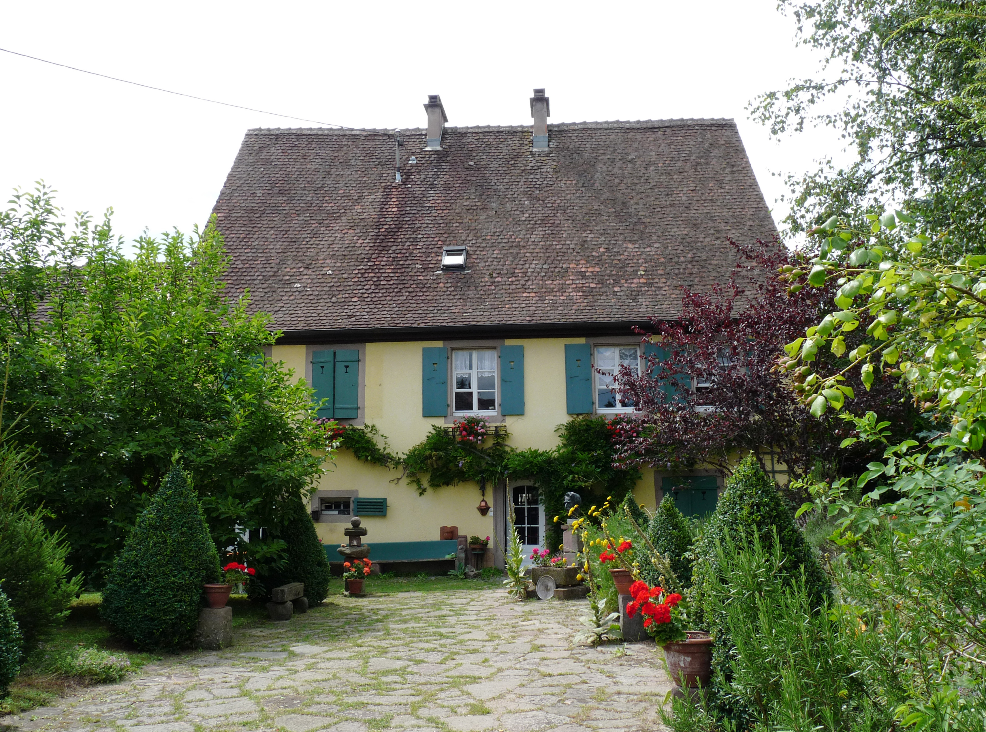 File gunsbach maison de la famille wikimedia commons - Fauteuil maison de famille ...