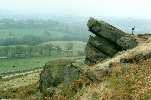 Hanging Stone - geograph.org.uk - 646920