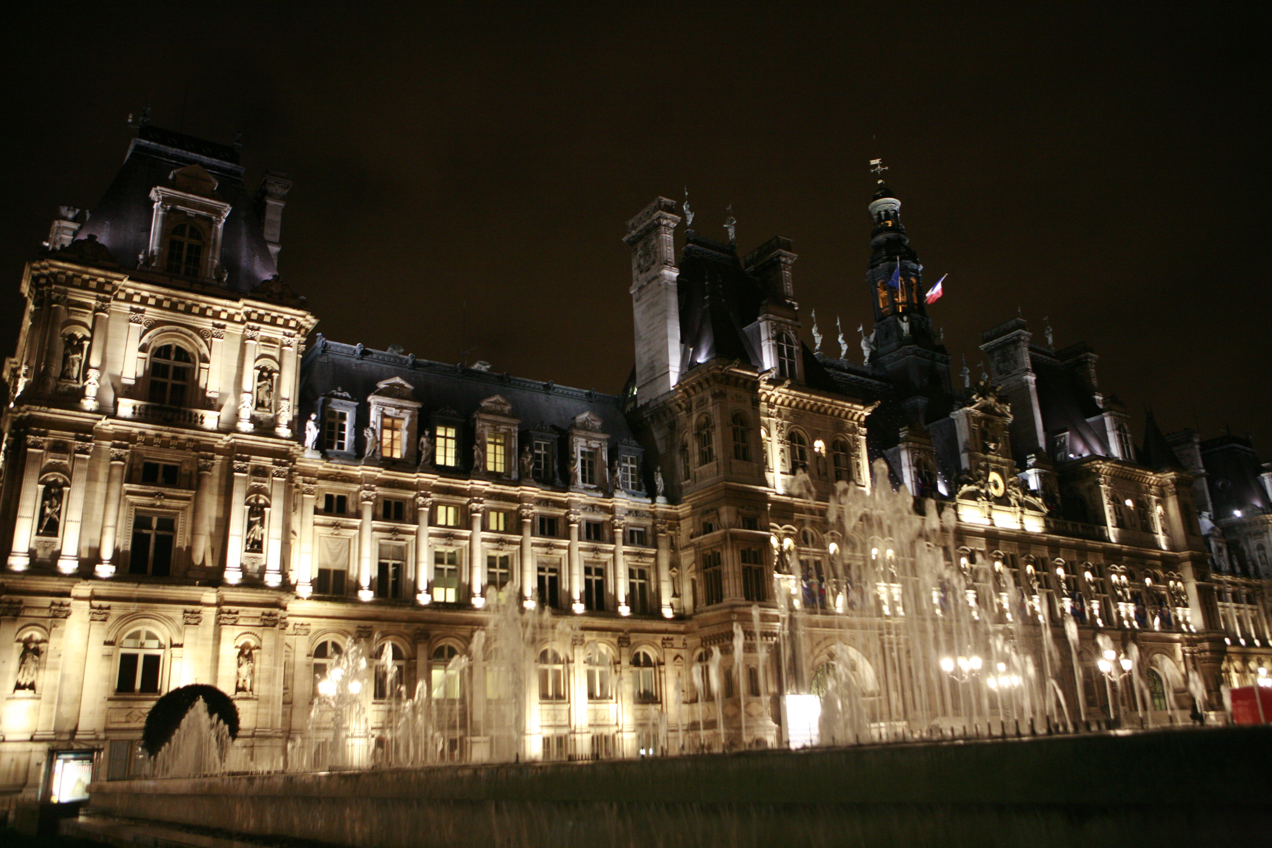 File hotel de ville in paris mg wikimedia commons for Hotel design piscine ile de france