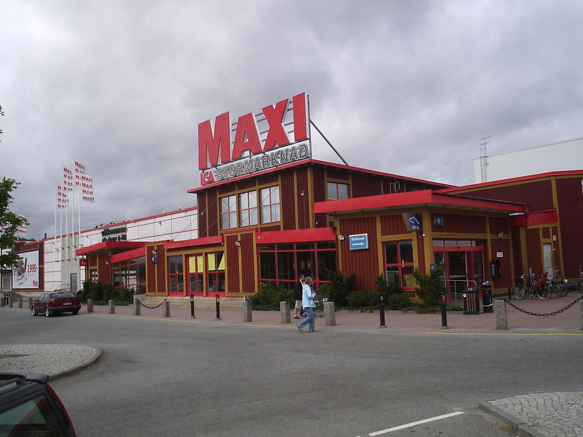 File ICA Maxi i Kungälv, den 27 juni 2006 JPG Wikimedia Commons