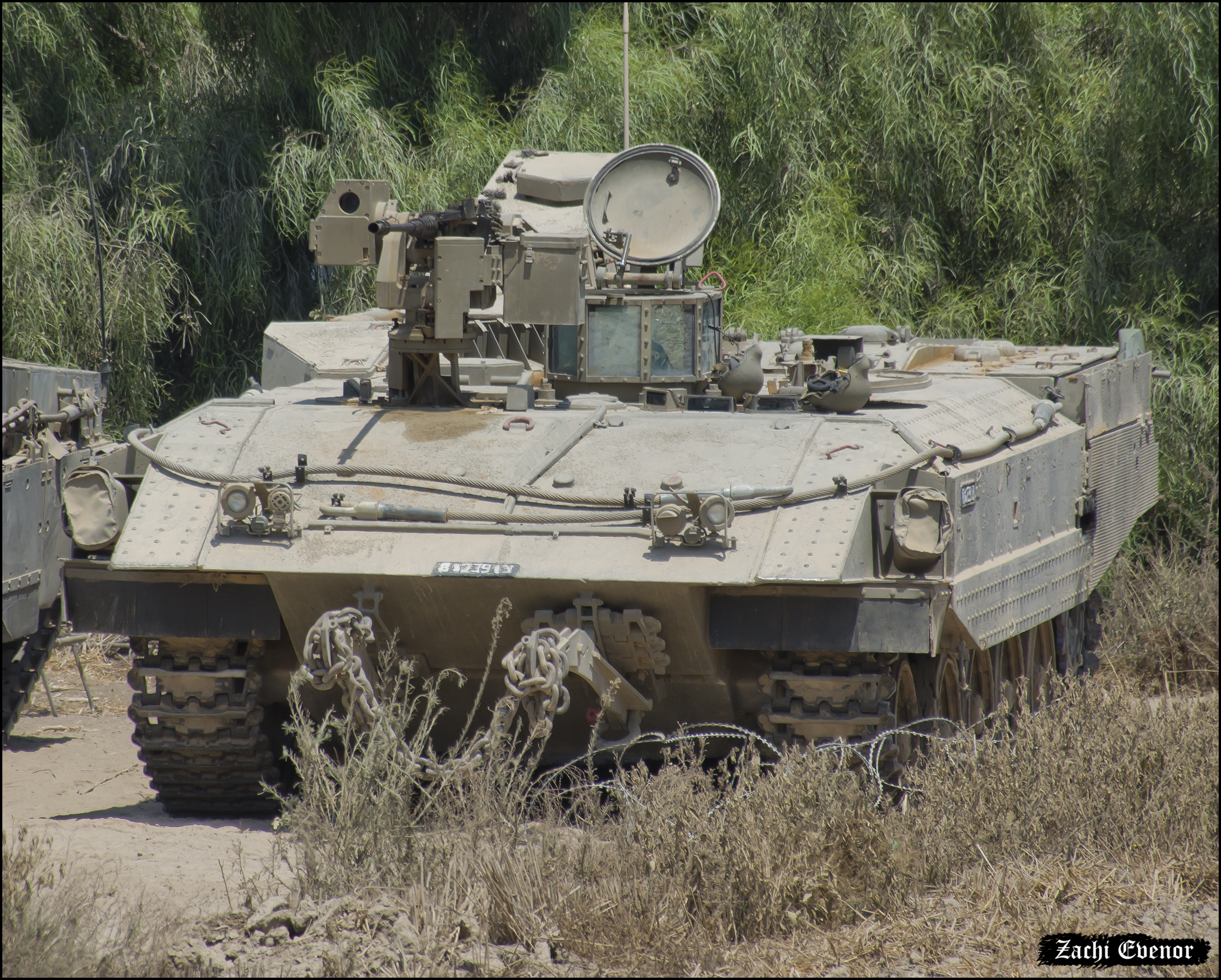 idf-achzarit-2016-zachi-evenor.jpg