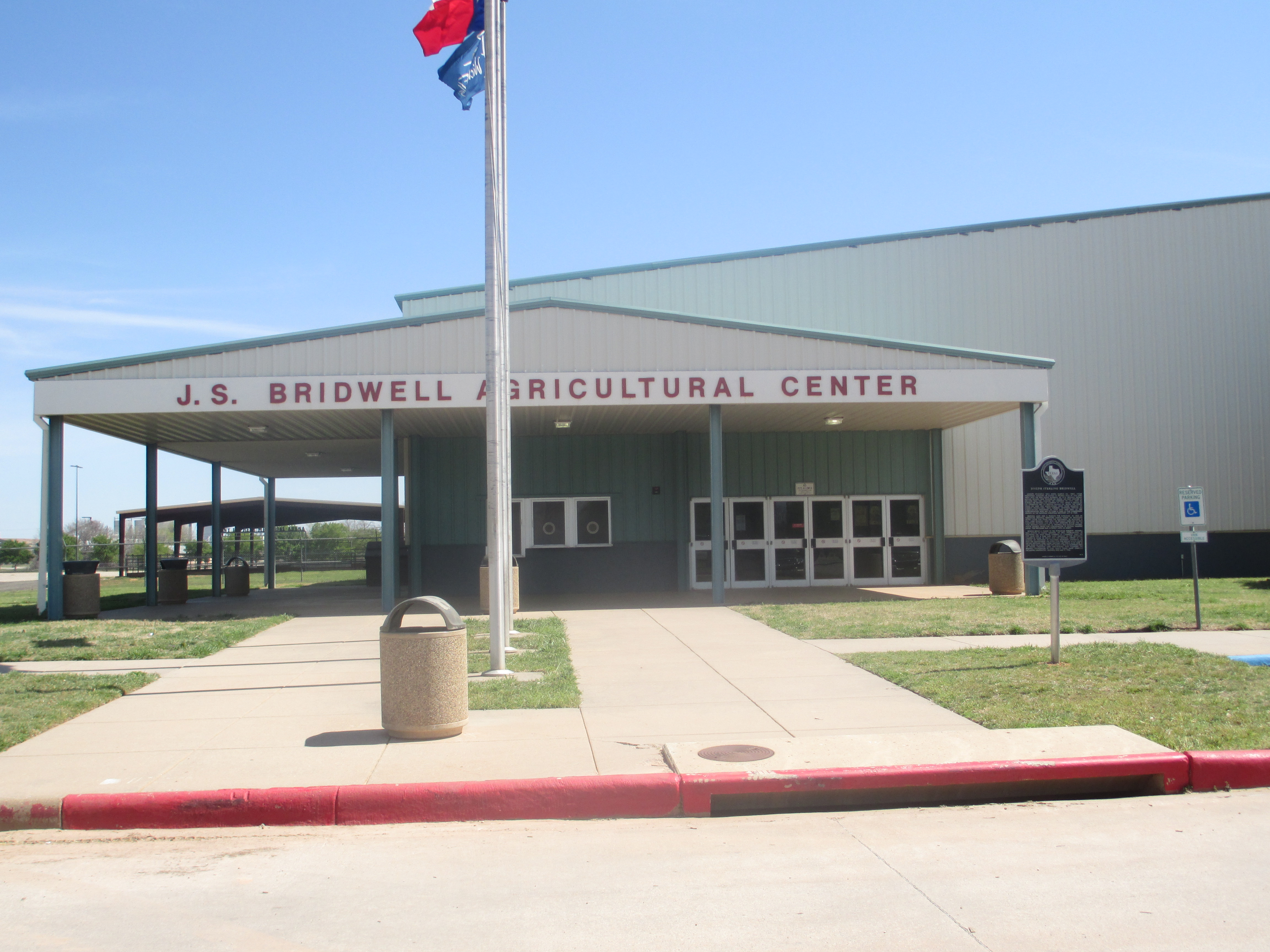 The j s bridwell agricultural center off burnett street hosts various exhibits throughout the year it is named for the oilman rancher
